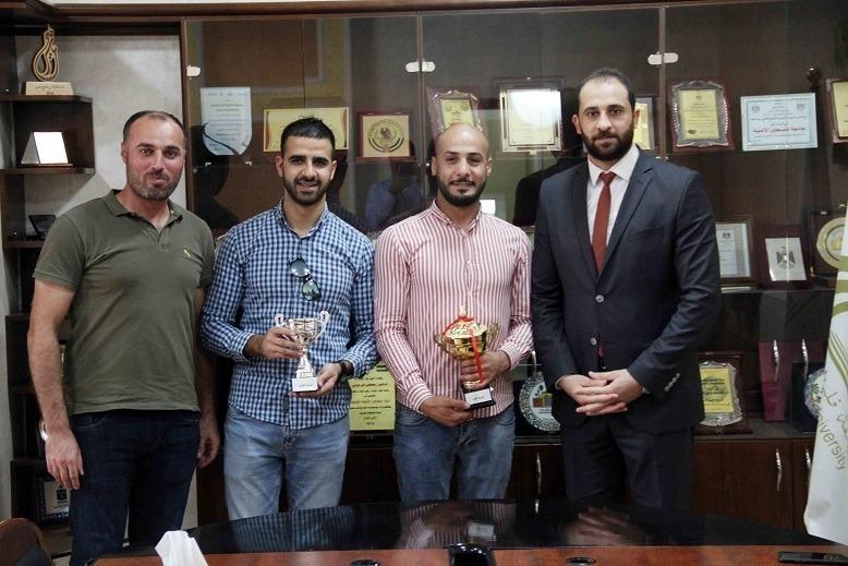 هيثم عودة بطلاً لبطولة الشطرنج في جامعة فلسطين الأهلية