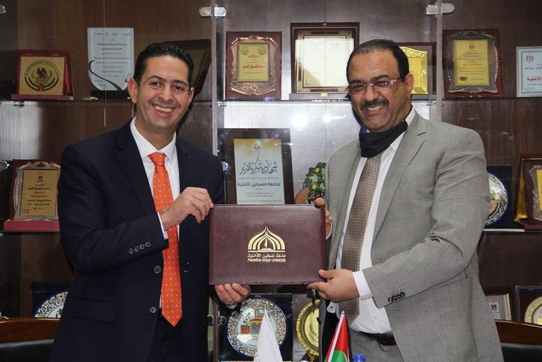 جامعة فلسطين الأهلية و مكافحة الفساد  توقعان مذكرة تعاون لتعزيز العمل المشترك