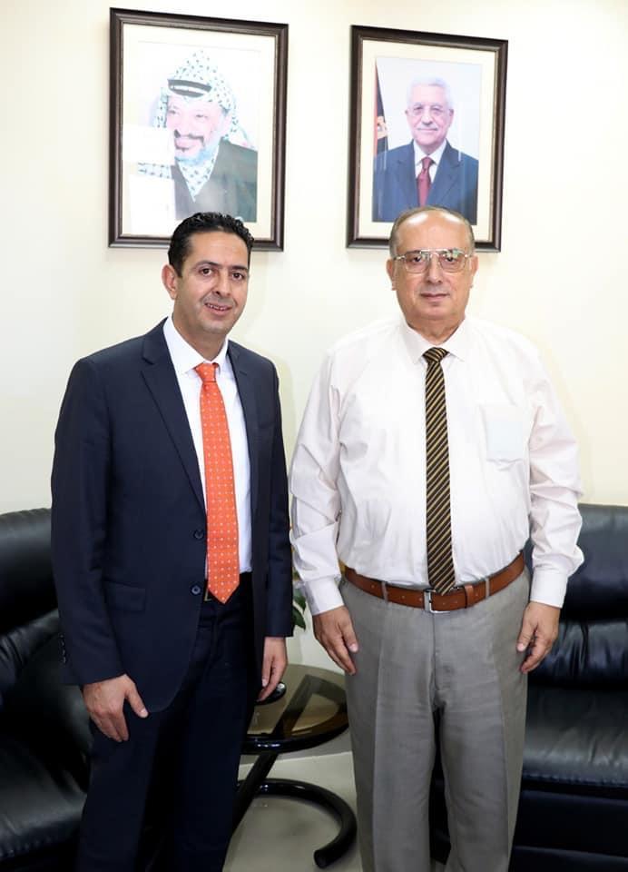القائم بأعمال رئيس جامعة فلسطين الأهلية يطلع وزير التعليم العالي على خطط الجامعة المستقبلية