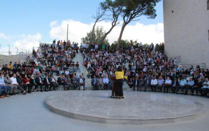 جامعة فلسطين الأهلية تستقبل طلبتها الجدد